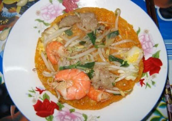 Vẻ đẹp của bánh khoái xứ Huế