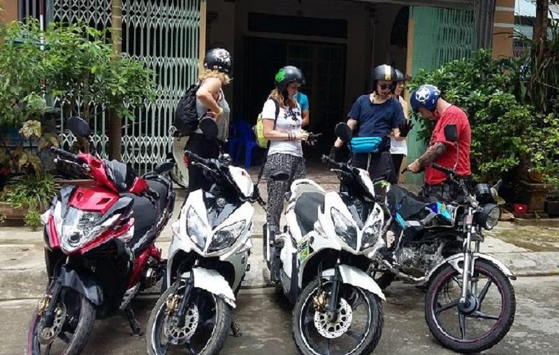 Cho thuê xe máy Huế Thu Hà